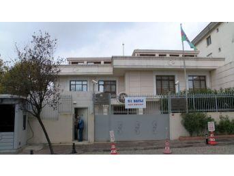 Azerbaycan Başkonsolosluğu'nda Referandum Heyecanı