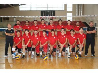 Melikgazi Belediyespor Voleybol Takımı: 3, Kapadokyaspor: 0