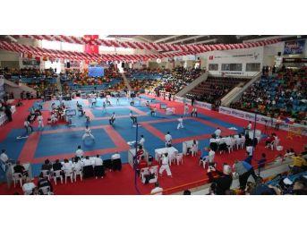 Tekvando Şampiyonasına Selçuklu Ev Sahipliği Yapacak