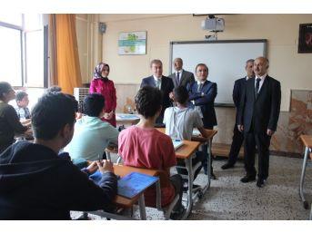 Milletvekili Kavuncu'dan Okullara Ziyaret