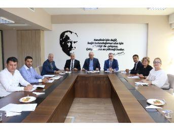 Encümen Üyelerinden Başkan Ergün'e Taziye