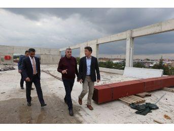Başkan Toçoğlu, Katlı Otoparkta İncelemelerde Bulundu