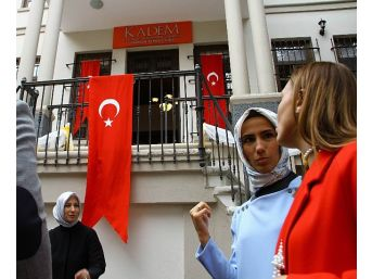 """Sümeyye Erdoğan: """"15 Temmuz Bir Milletin 'ölümü Öldürdüğü Gün' Olarak Tarihe Geçti"""""""