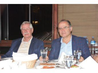 Sinop'un Turizm Sorunları Konuşuldu