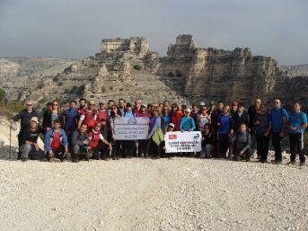 Afdos Üyeleri, Uşak'taki Ulubey Kanyonu'nu Gezdi