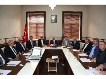 Vali İsmail Ustaoğlu: Altyapı İçin 25 Ekim'de İhaleye Çıkacağız
