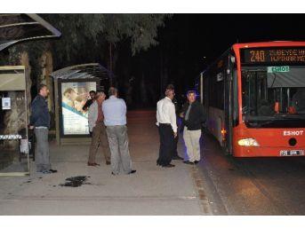 Belediye Otobüsünde 2 Kişiyi Yakan Şahıs Serbest Bırakıldı