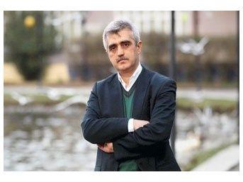 Kocaeli'de Bir Doktor Terör Propagandası Yapmaktan Açığa Alındı