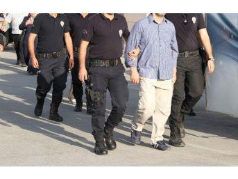 Uşak'ta 21 Şüpheli Fetö'den Gözaltına Alındı