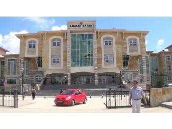 Uşak'ta Fetö'den 6 Akademisyen Tutuklandı