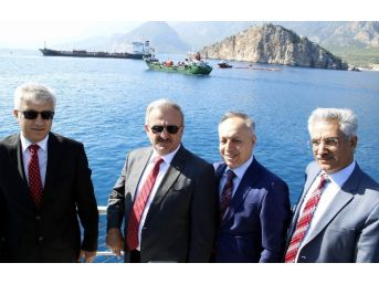 Antalya Limanı'nda Kirlilik Tatbikatı