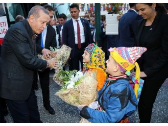 Cumhurbaşkanı Erdoğan'a 16 Numara Forma