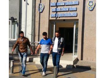 Hastaneden Televizyon Çalan Hırsızlar Kameralara Yakalandı