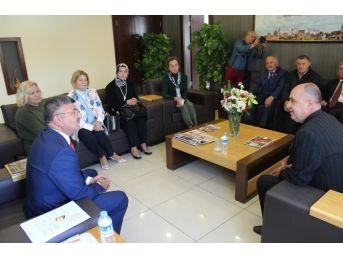 Bursalı Dernek Federasyonundan Başkan Akdoğan'a Ziyaret