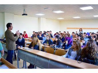 Saü'de 'oryantasyon Eğitimi' Düzenlendi