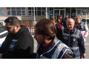Sahte Oturum Belgesi Düzenleyen 4 Iraklı Tutuklandı
