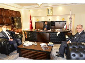 Ztso Başkanı Demir, Beü Rektörü Özer'i Ziyaret Etti