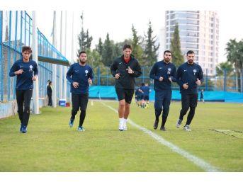 Adana Demirspor'da Ümraniye Mesaisi Başladı