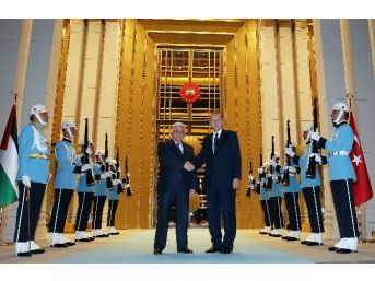 Cumhurbaşkanı Erdoğan, Filistin Devlet Başkanı Abbas İle Görüştü