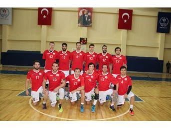 Bilecik Belediyesi Basketbol Kulübü İlk Deplasmanına Gitti