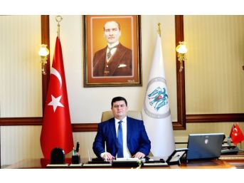 Vali Arslantaş'ın 29 Ekim Cumhuriyet Bayramı Kutlama Mesajı