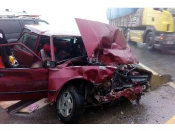 Gümüşhane'de Trafik Kazası: 2 Ölü, 1 Yaralı