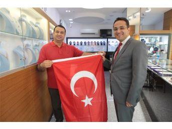 İzmir'de Cumhuriyet Coşkusu Start Aldı