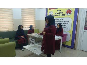 Tosya Kız Anadolu İmam Hatip Lisesi Temsilci Seçimini Yaptı