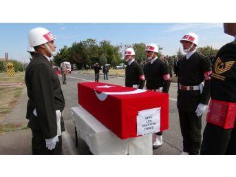 Kazada Şehit Olan Jandarma Er İçin Uğurlama Töreni Düzenlendi