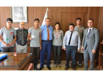 Abdulkadir Perşembe Vakfı Mesleki Ve Teknik Anadolu Lisesi'nden Müdür Koca'ya Ziyaret