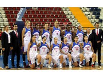 Mersin Büyükşehir Belediyespor'da, Euroleague Mağlubiyetinin Üzüntüsü Yaşanıyor