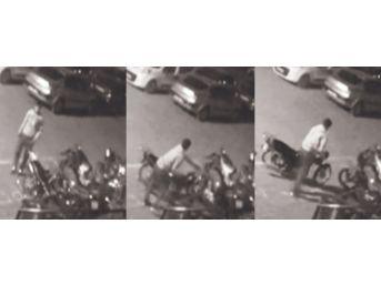 Seçmece Motosiklet Hırsızlığı Kamerada