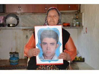 7 Yıl Önce Kaybolan Oğlunu Arıyor