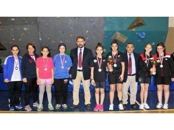 Cumhuriyet Kupası Masa Tenisi Karşılaşmaları Sona Erdi