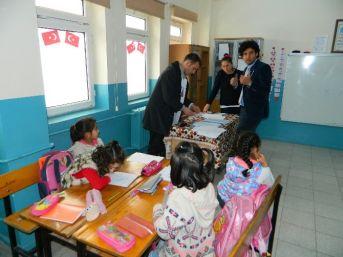 Posof'ta Öğrenciler Sağlık Taramasından Geçti