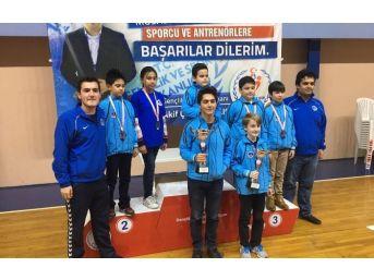 Büyükşehirli Satrançcılar, Sakarya'da Yarıştı