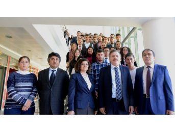 Yök'ten Uşaklı Öğrencilere Başarı Belgesi