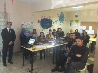 Eğitim Gönüllülerine İş-kur'dan 'iş Arama Becerileri' Semineri