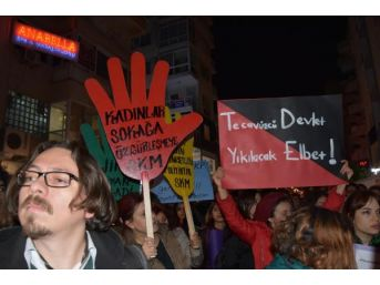 İzmir'de, Cinsel Istismar Düzenlemesine Kadınlardan Tepki
