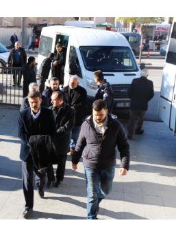 Kırıkkale'de Fetö Soruşturmasında 21 Kişi Adliyede