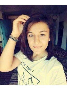Kaçırıldığı Kişi Tarafından Öldürülen 17 Yaşındaki Ayşe Şahin Toprağa Verildi