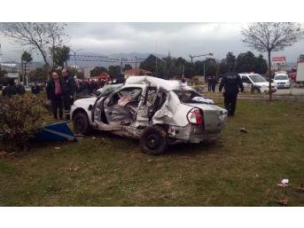 Otomobil Hasta Taşıyan Ambulansla Çarpıştı: 5 Yaralı
