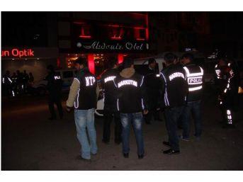 Adana'Da Bar Ve Gece Kulüplerine Asayiş Uygulaması