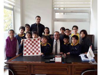 Satranç Başarısı Sevindirdi