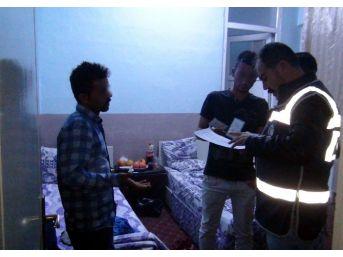 Gaziantep'te Eğlence Merkezleri Ve Otellere Baskın