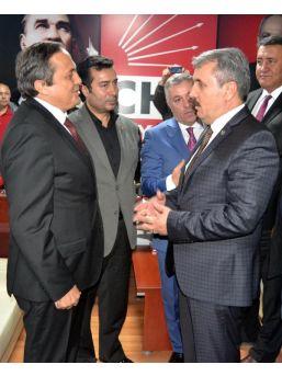 Kayseri'de Chp Ilçe Binasının Kundaklandığı Öne Sürüldü (4)