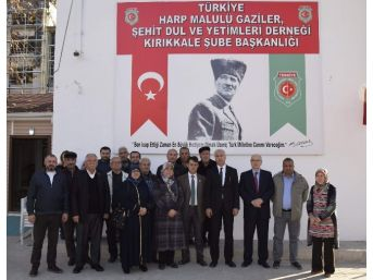 Ak Parti İl Başkanı Akçay Şehit Ailelerini Ziyaret Etti
