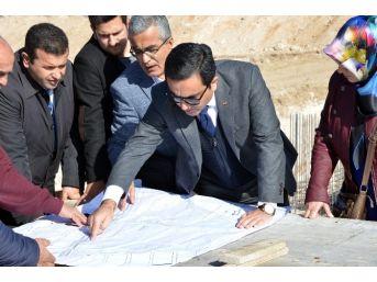 Belediye Başkanı Asri Mezarlık Projesi Alanında İnceleme Yaptı