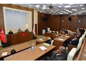 Vali Necati Şentürk, 2017 Yılı Bütçe Çalışmalarını Değerlendirdi