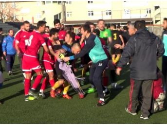 Zonguldak'ta Amatör Lig Maçında Kavga